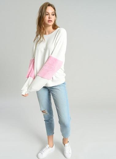 Peluş Detaylı Sweatshirt-Agenda